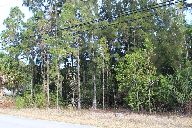 18687 Sycamore Drive Loxahatchee, FL 33470