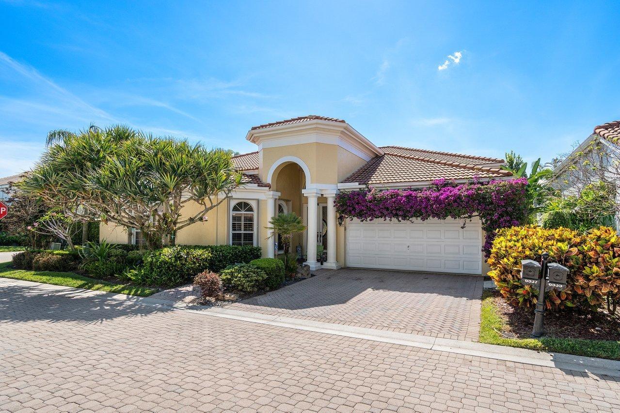 6537  Somerset Circle  For Sale 10707467, FL