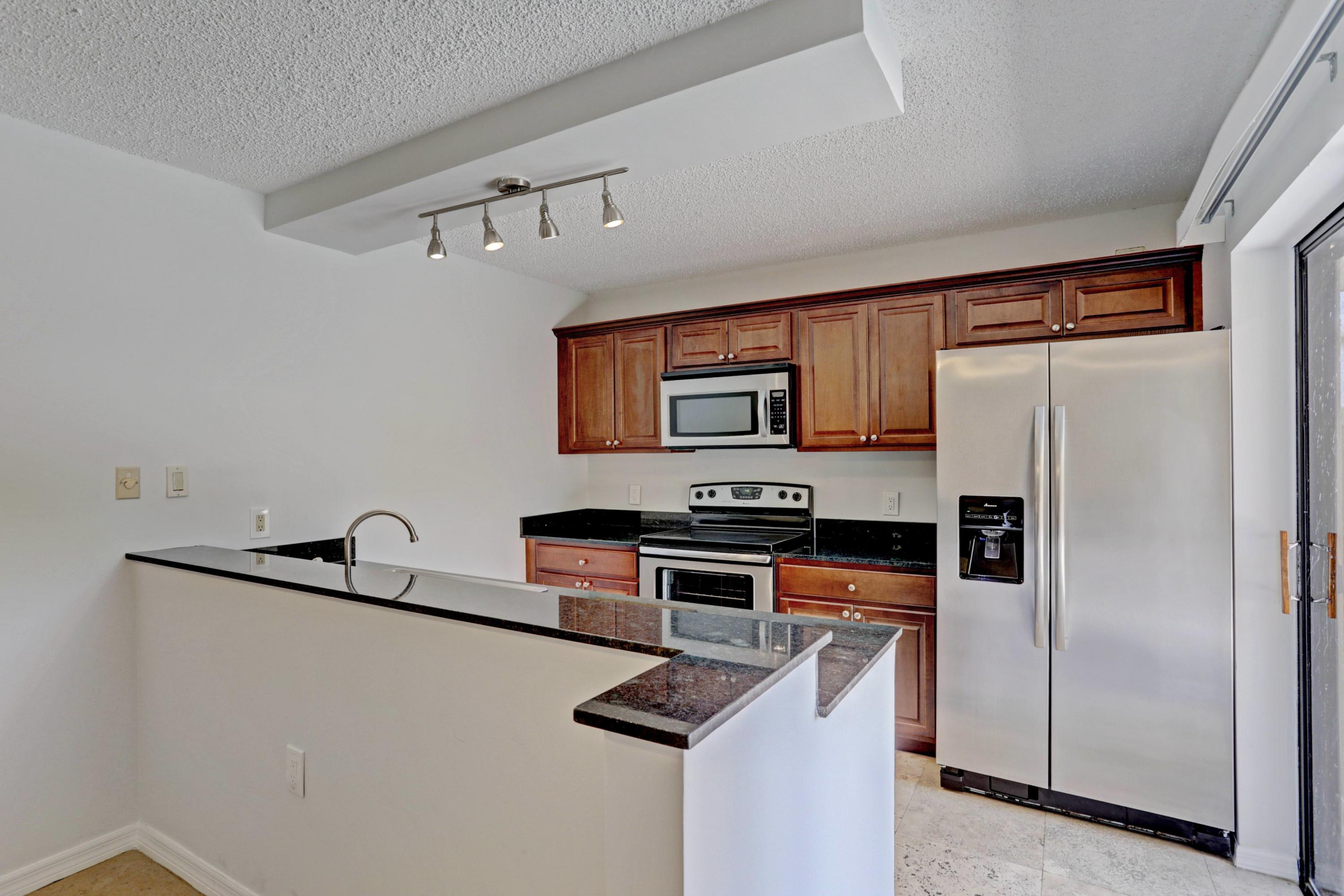 4307  43rd Way  For Sale 10707163, FL