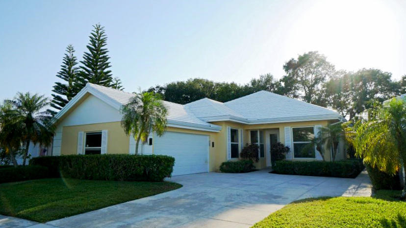 Beautiful, fully remodeled DiVosta home in the privately gated community of Garden Oaks.  The entire home from top to bottom has been remodeled from the roof to new kitchen and bathrooms and flooring.  Modern style kitchen with grey cabinets and white countertops for the kitchen and baths.  Community requires 2 year commitment and no pets.