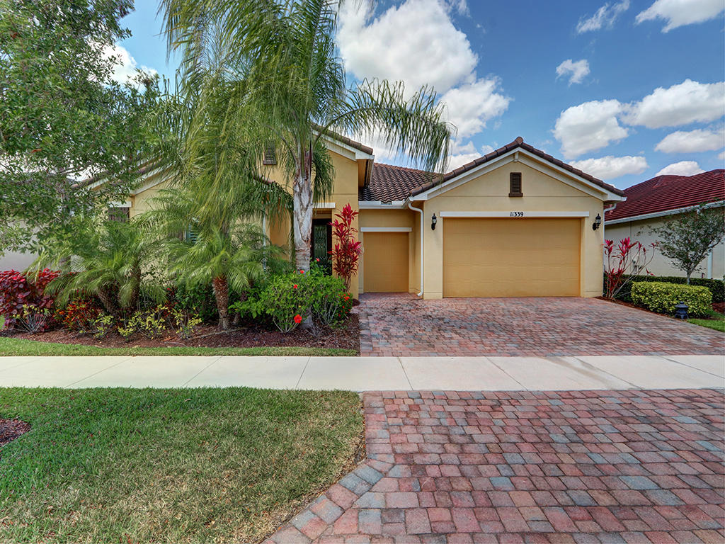 11339 SW Apple Blossom Trail  Port Saint Lucie FL 34987