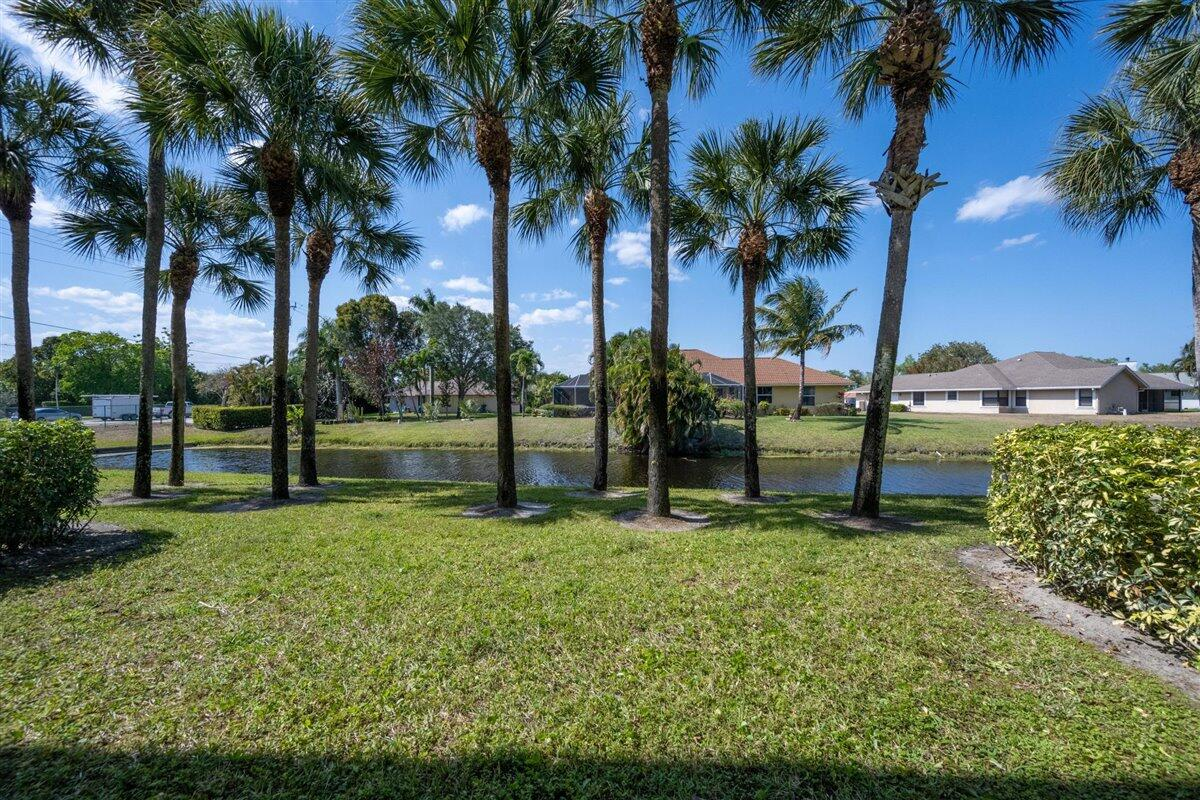 2020 Greenview Shores Boulevard 105 Wellington, FL 33414