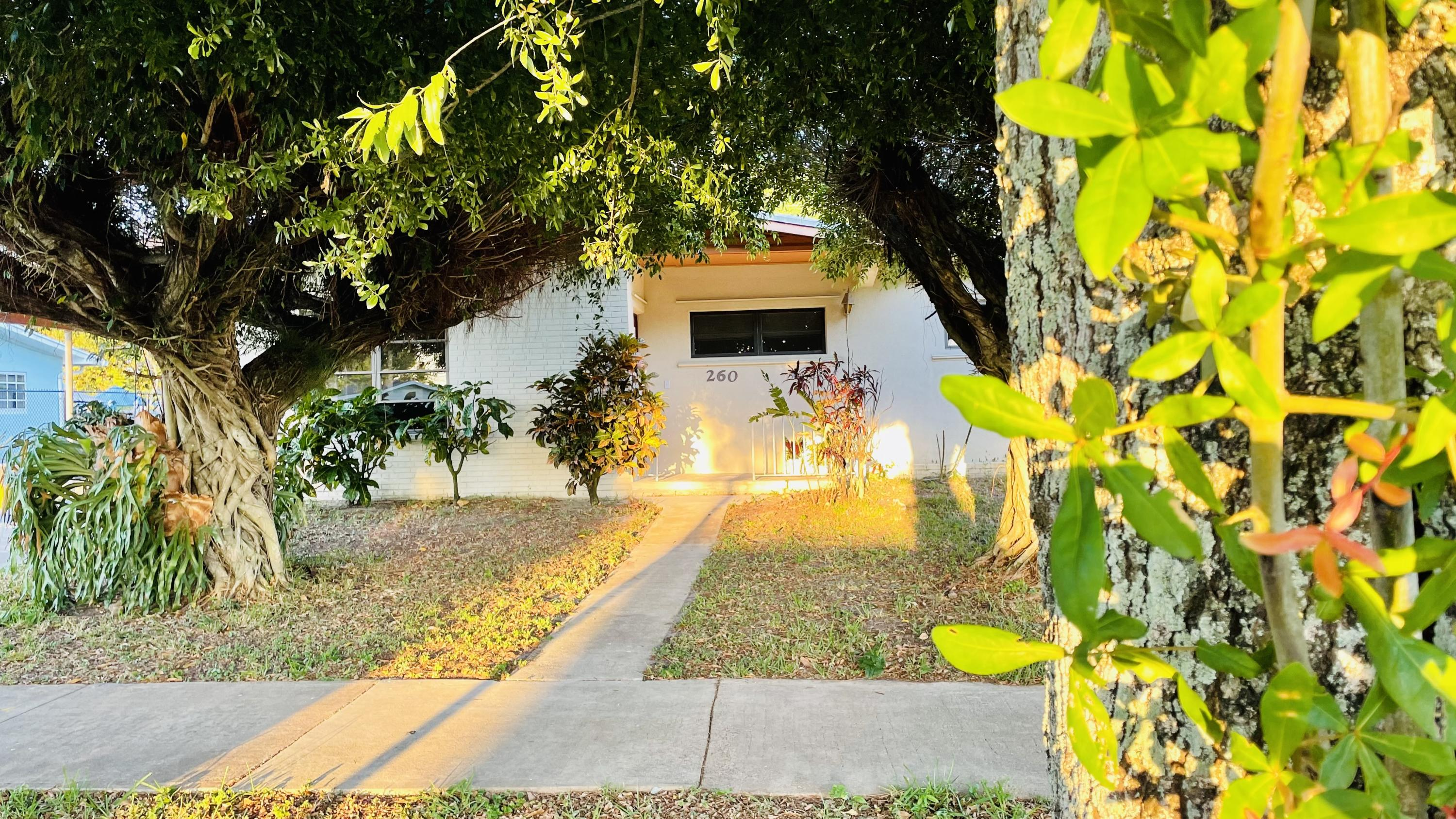 Home for sale in PALM SPRINGS VILLAGE 5 Palm Springs Florida