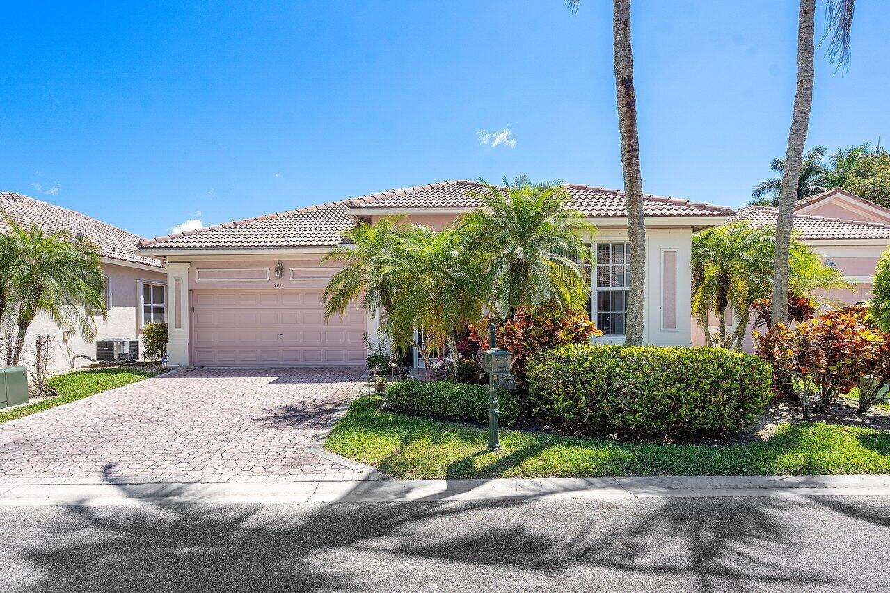 8818  Downing Street  For Sale 10706842, FL