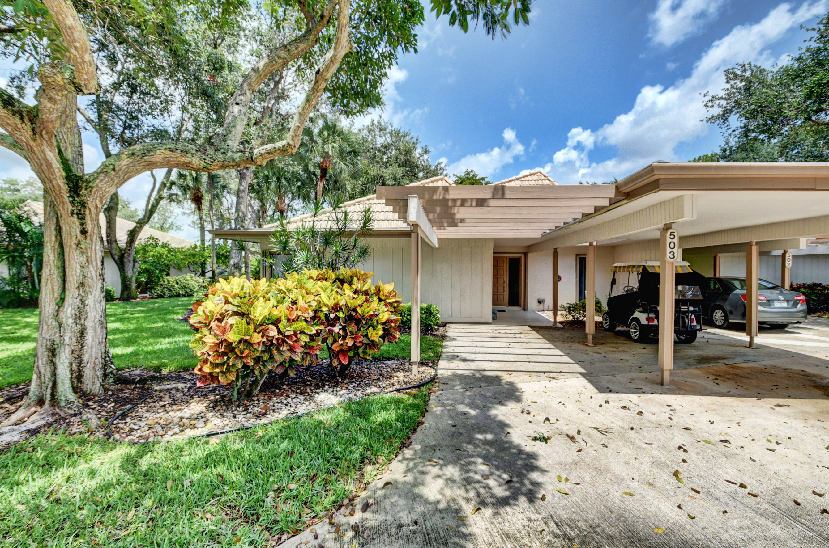 503 Bridgewood Court 503  Boca Raton FL 33434