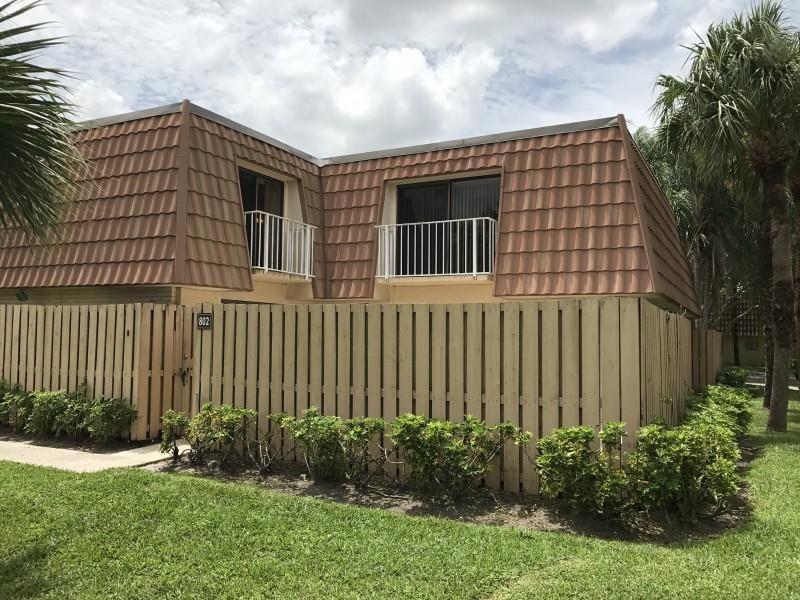 802  Blue Ridge Circle  For Sale 10706988, FL