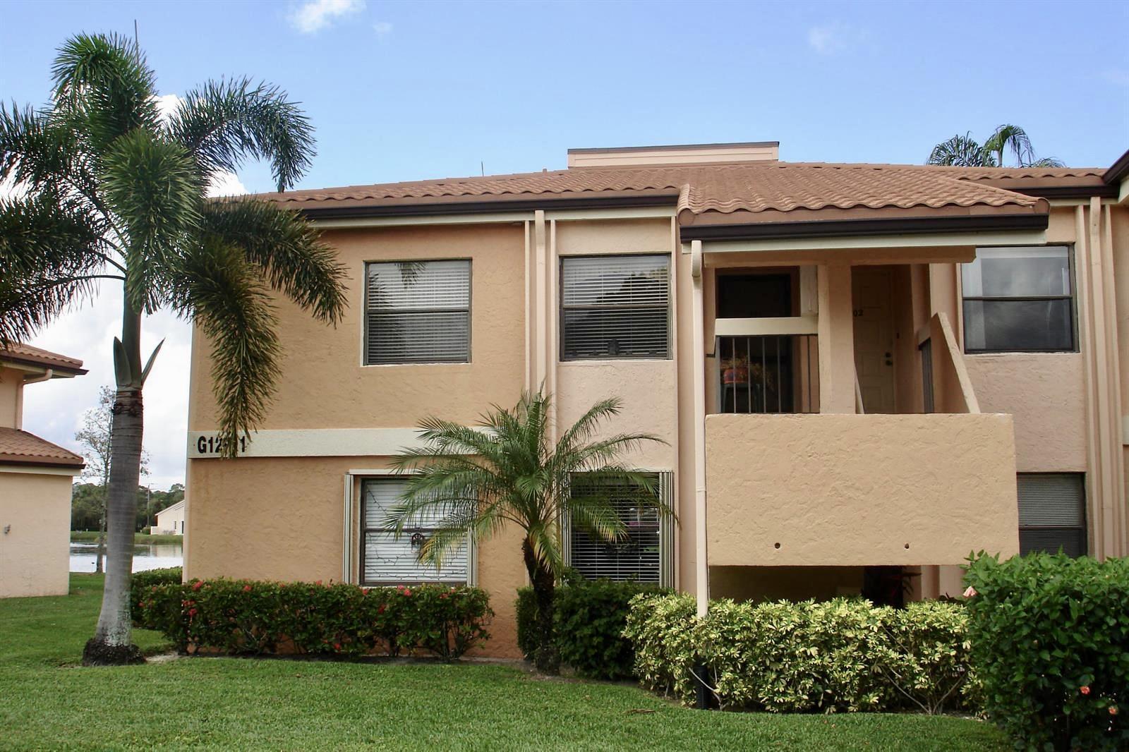 12911  Briarlake 202 Drive 202 For Sale 10706973, FL