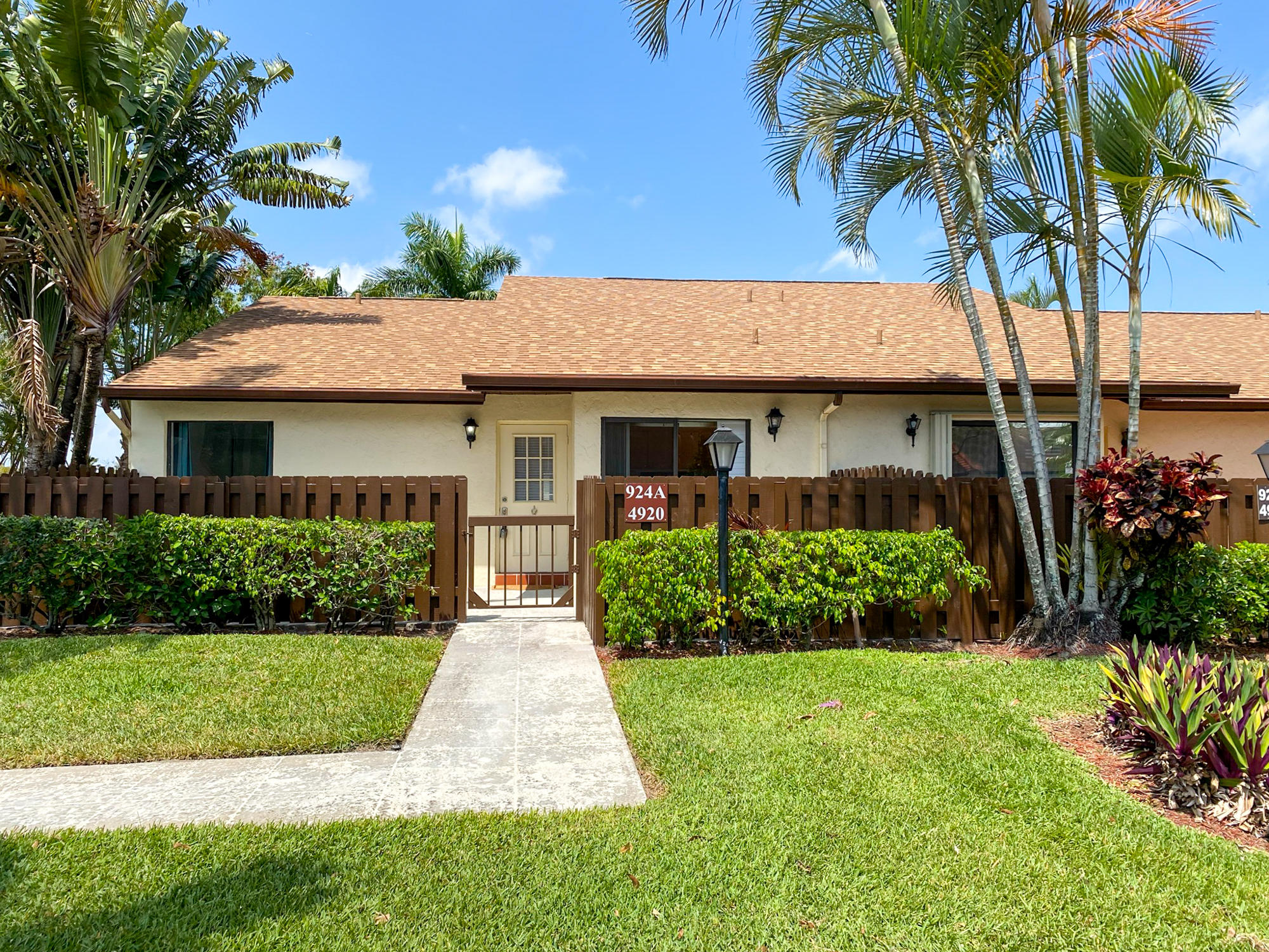 4920  Sable Pine Circle A For Sale 10707030, FL