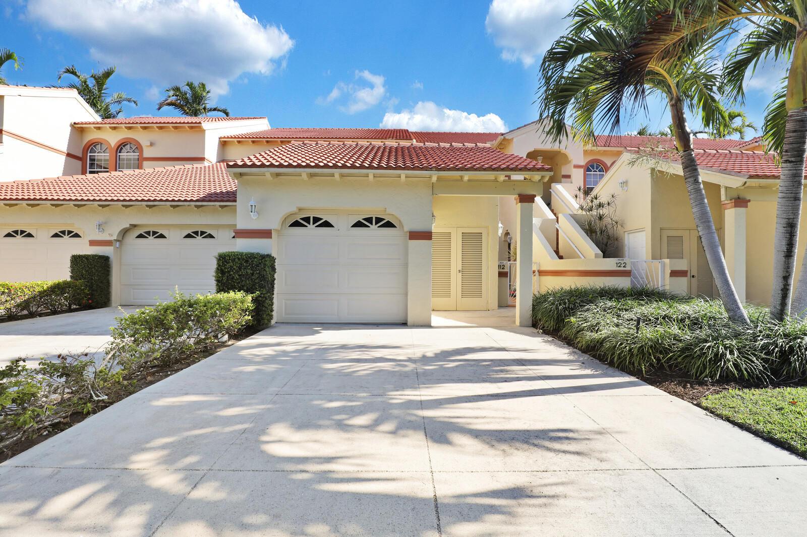 7601  Mackenzie Court 112 For Sale 10707268, FL