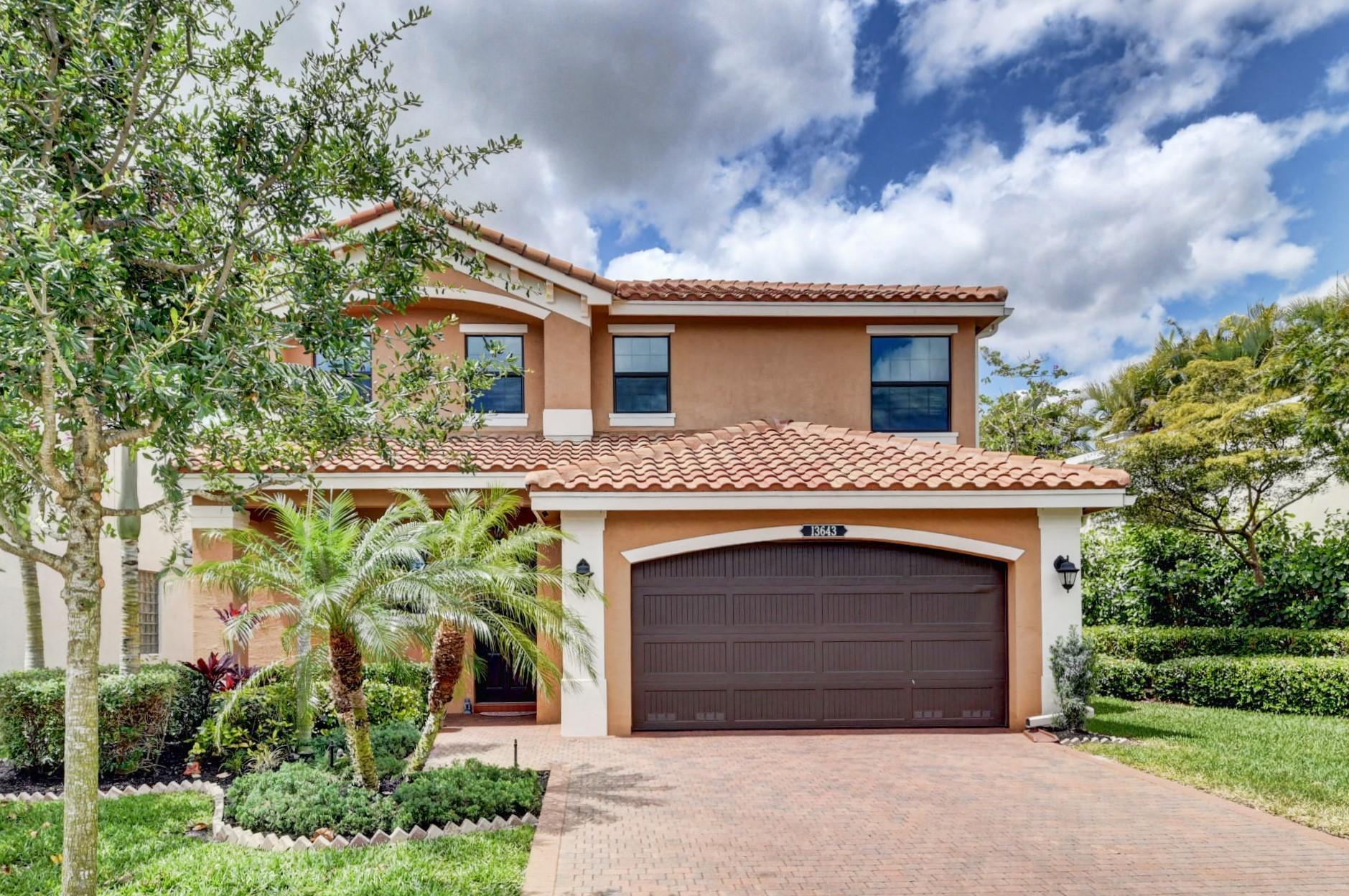 13643  Moss Agate Avenue  For Sale 10707279, FL