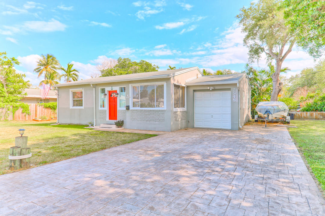Home for sale in HOLLYWOOD TERRACE AMEN PLAT Hollywood Florida