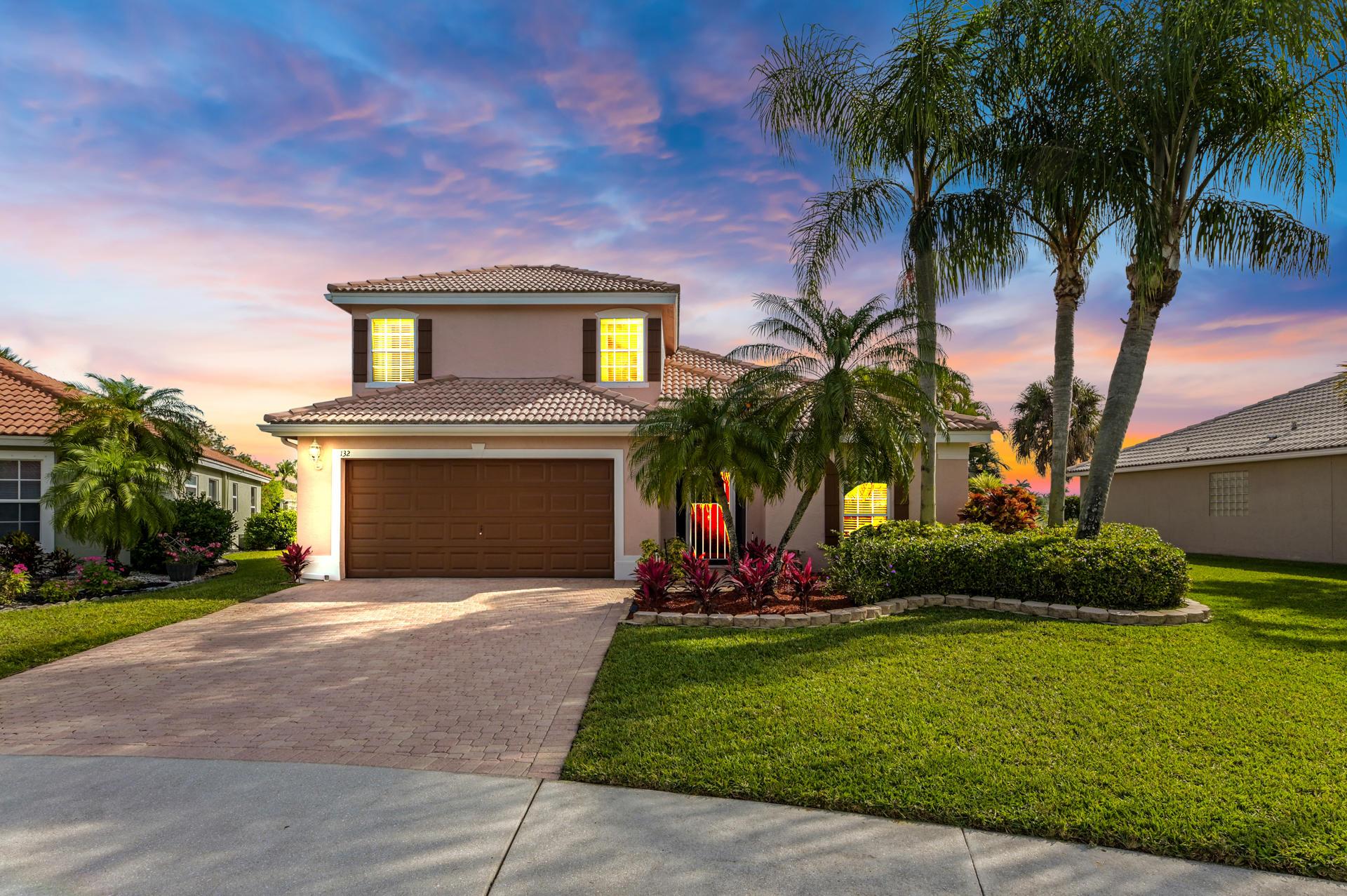 132 Derby Lane Royal Palm Beach, FL 33411 photo 2