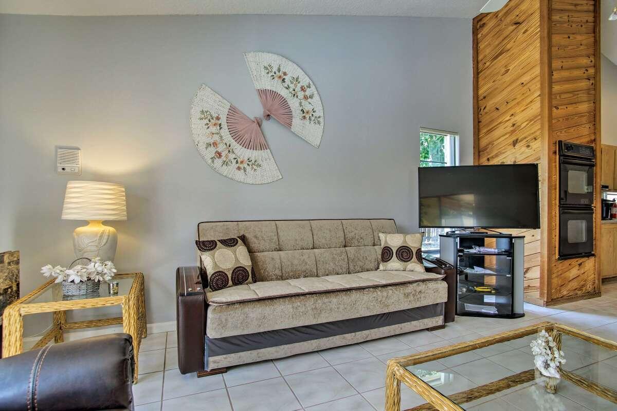 114 Miramar Avenue Royal Palm Beach, FL 33411 photo 12