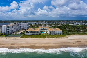 2275 S Ocean Boulevard, 302a, Palm Beach, FL 33480
