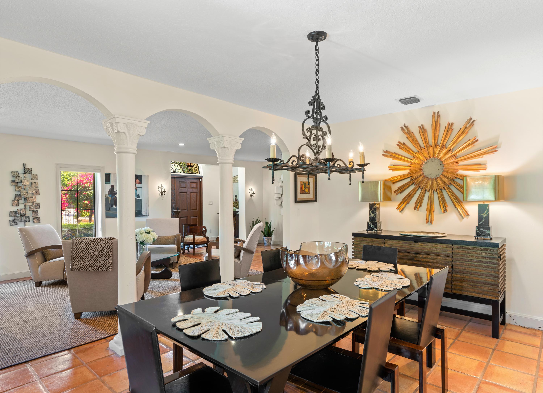 9 Dining room