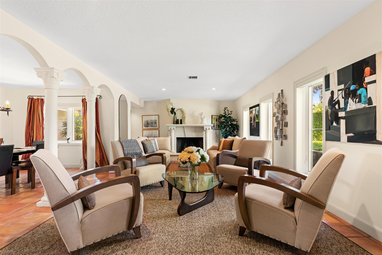 10 Family Room