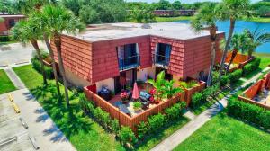 126 Live Oak Lane, Boynton Beach, FL 33436