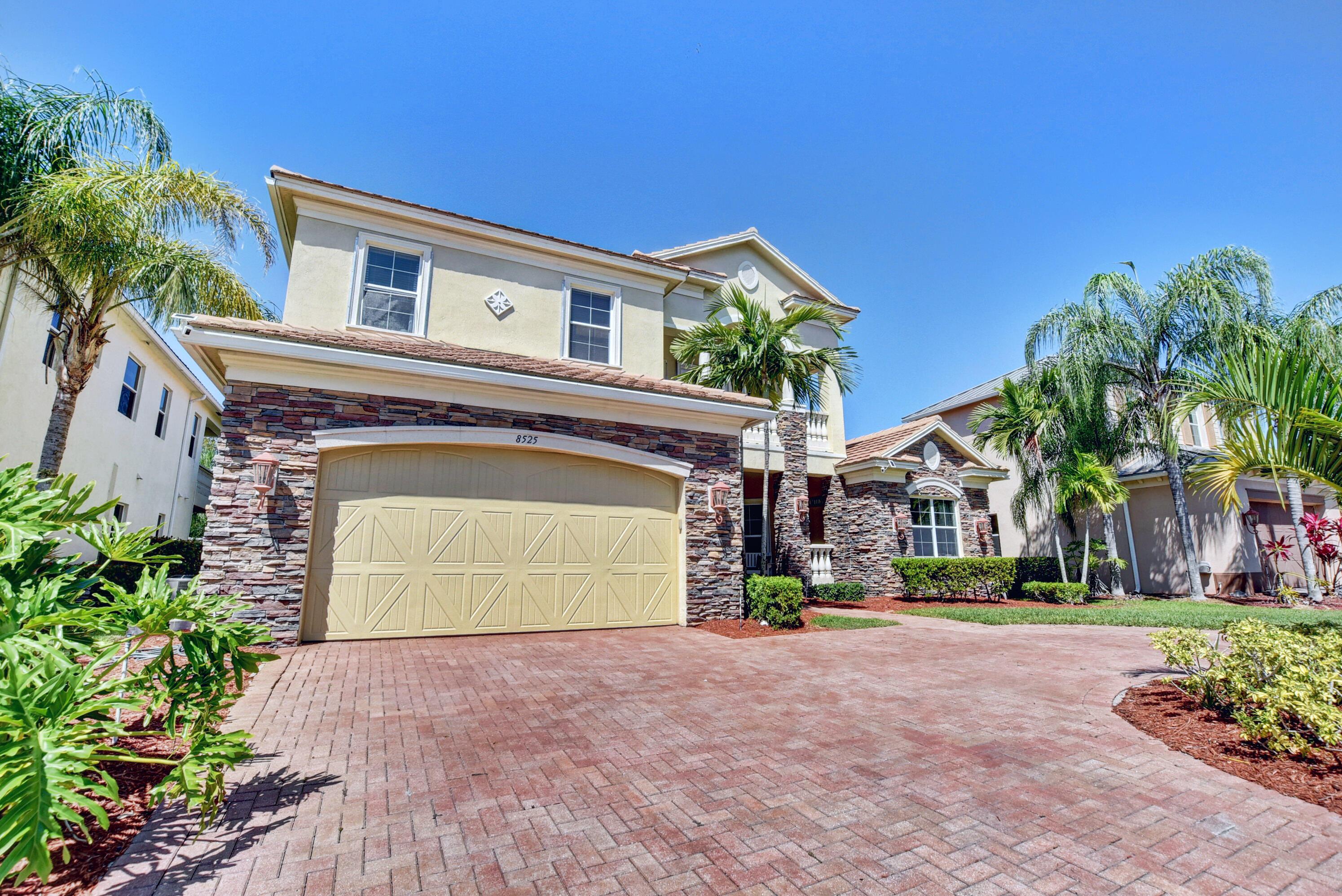8525 Butler Greenwood Drive Royal Palm Beach, FL 33411 photo 4