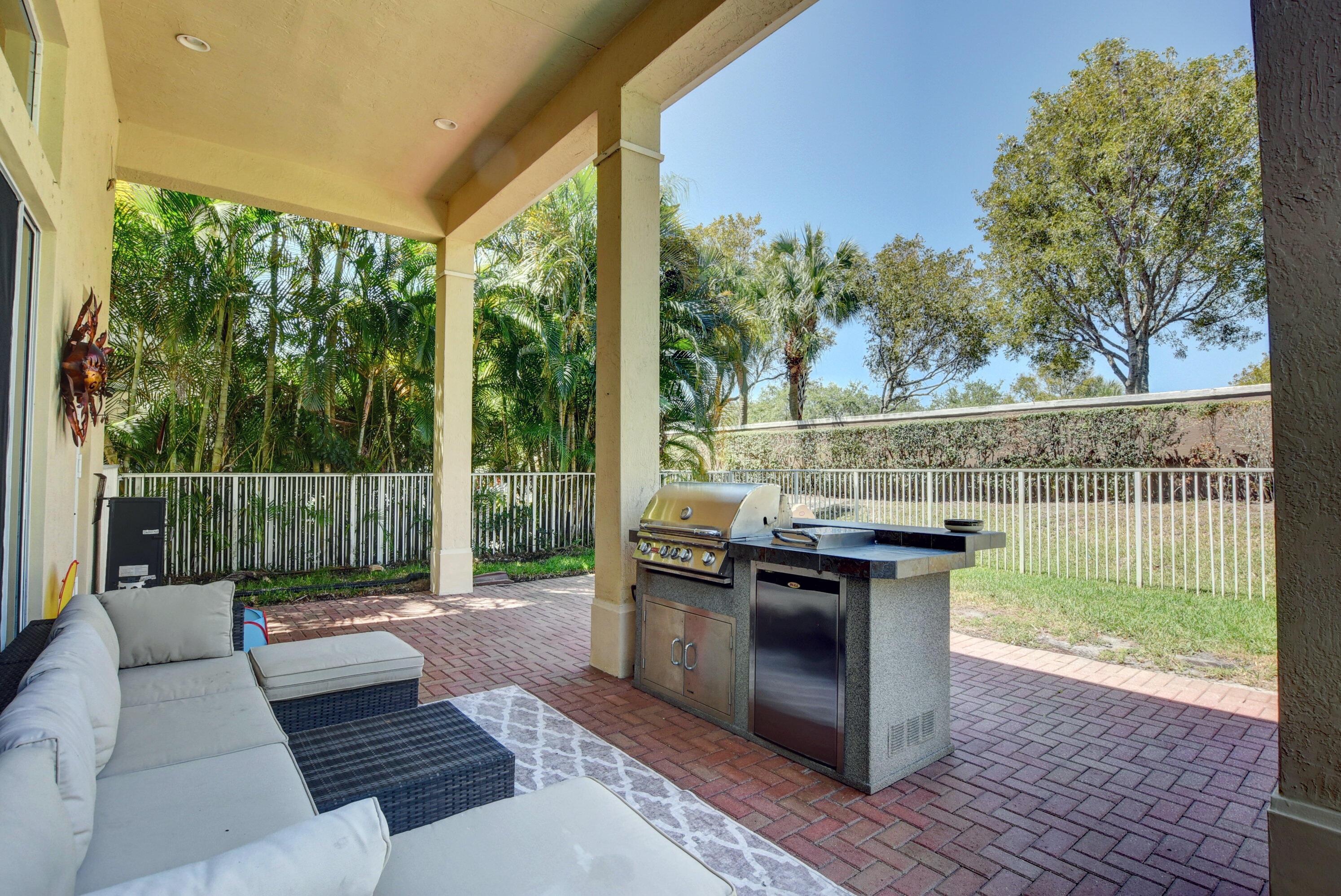 8525 Butler Greenwood Drive Royal Palm Beach, FL 33411 photo 42