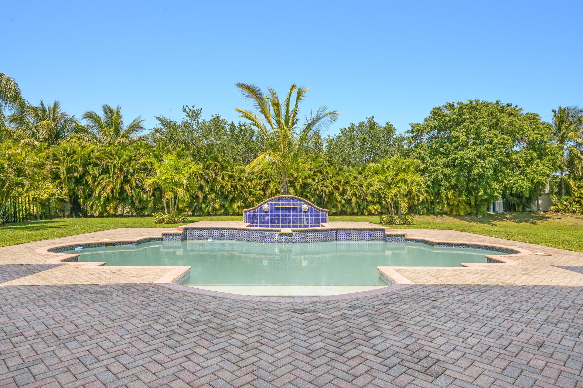 9525 Captiva Circle Boynton Beach, FL 33437 photo 25