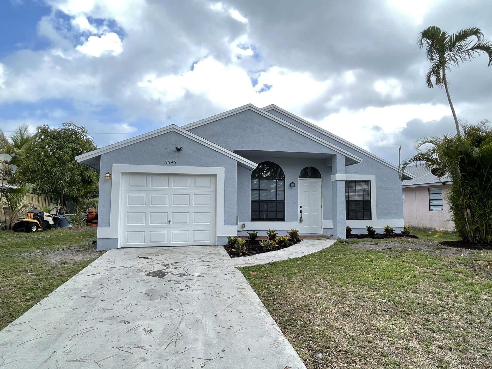 Home for sale in DIXIE PARK ADDITION NO. 2 Stuart Florida