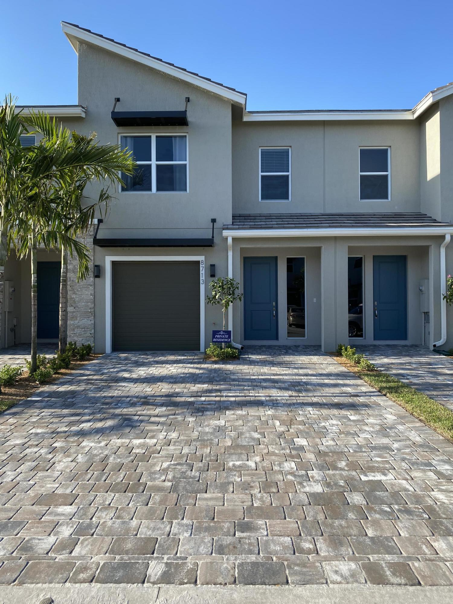 8713 Via Mar Rosso Lake Worth, FL 33467