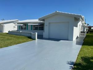 2084 SW 13th Terrace, Boynton Beach, FL 33426