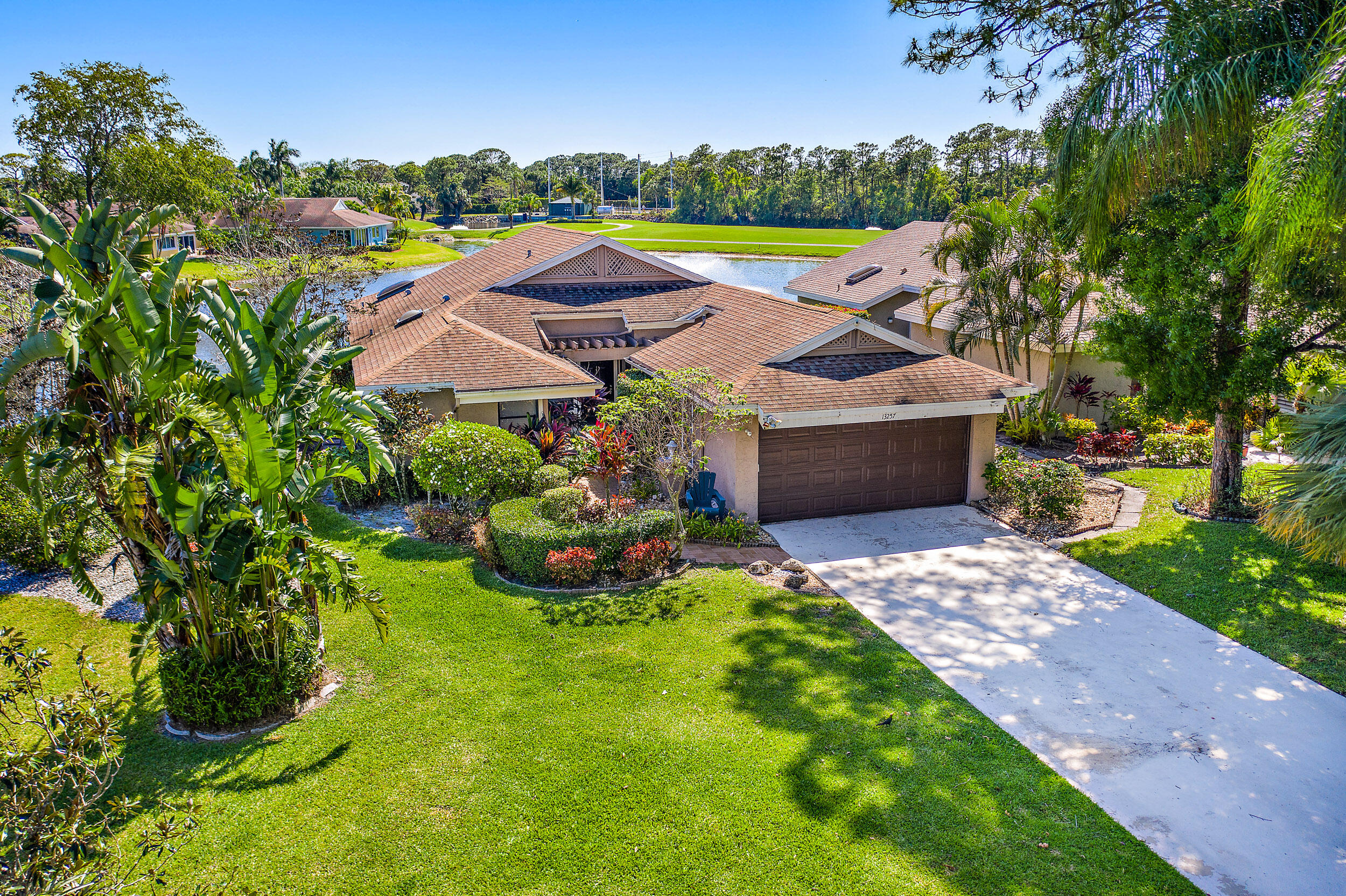 13257 Touchstone Court Palm Beach Gardens, FL 33418 photo 4