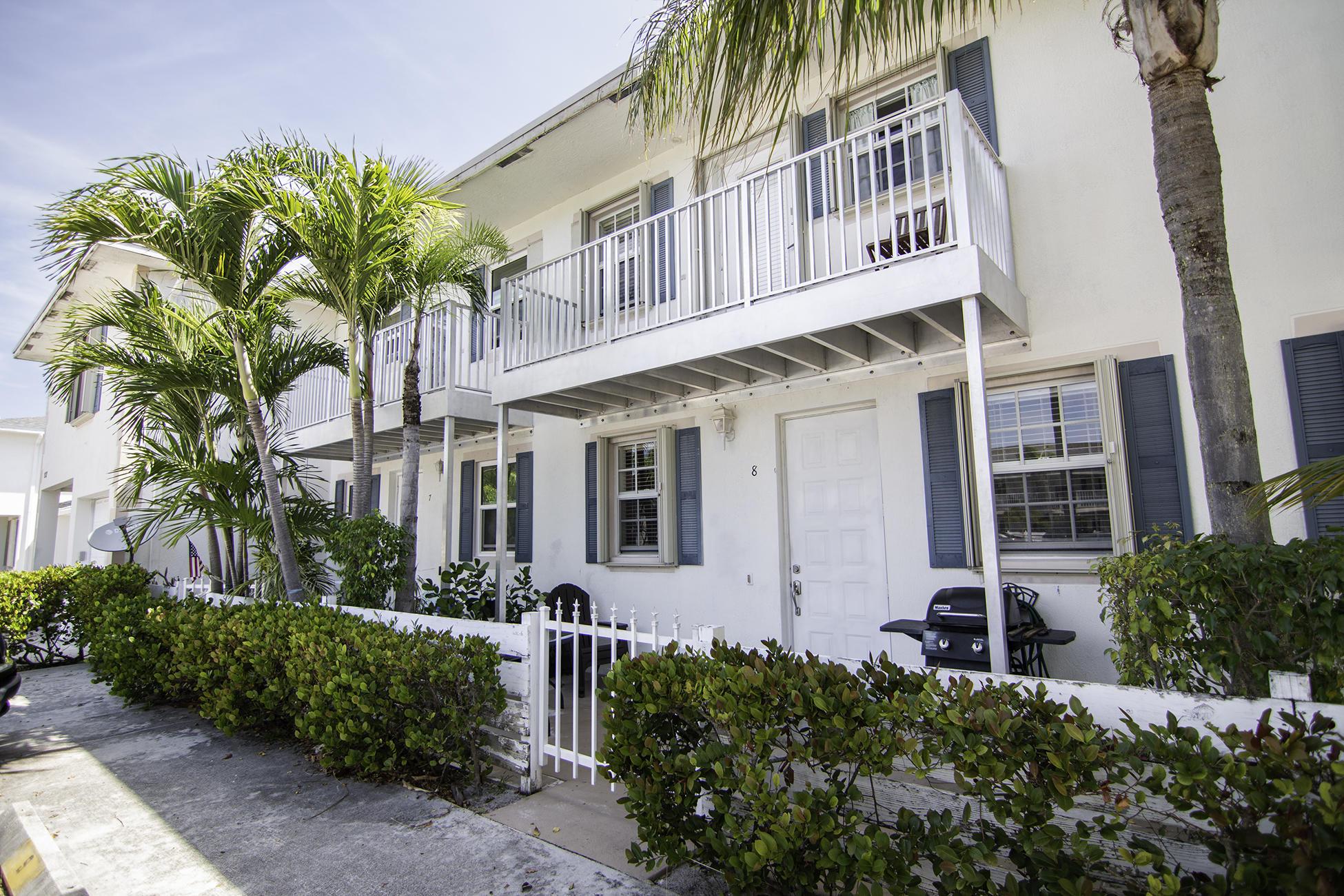 Home for sale in MANGO VILLAS TOWNHOUSE Lantana Florida