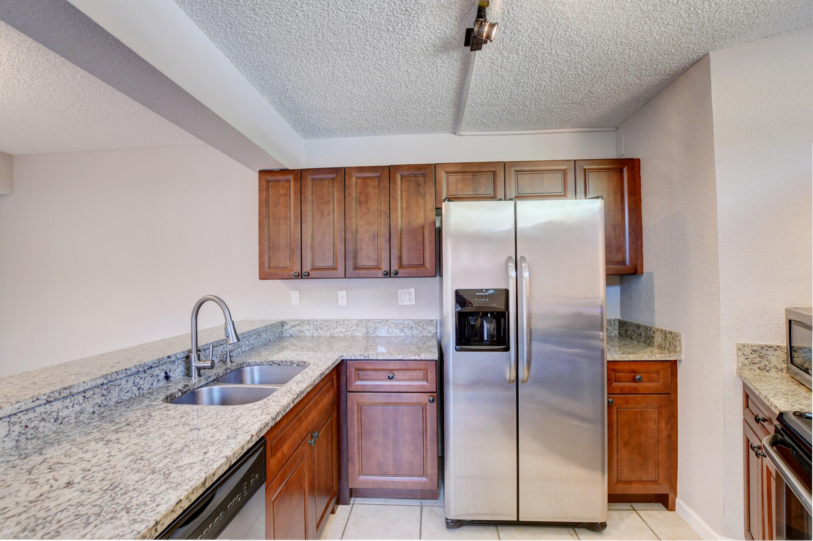 8105  Severn Drive A For Sale 10711024, FL