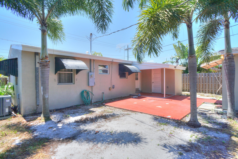 727 Bunker Road West Palm Beach, FL 33405 photo 16