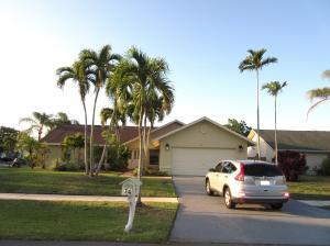 74 Cedar Circle, Boynton Beach, FL 33436