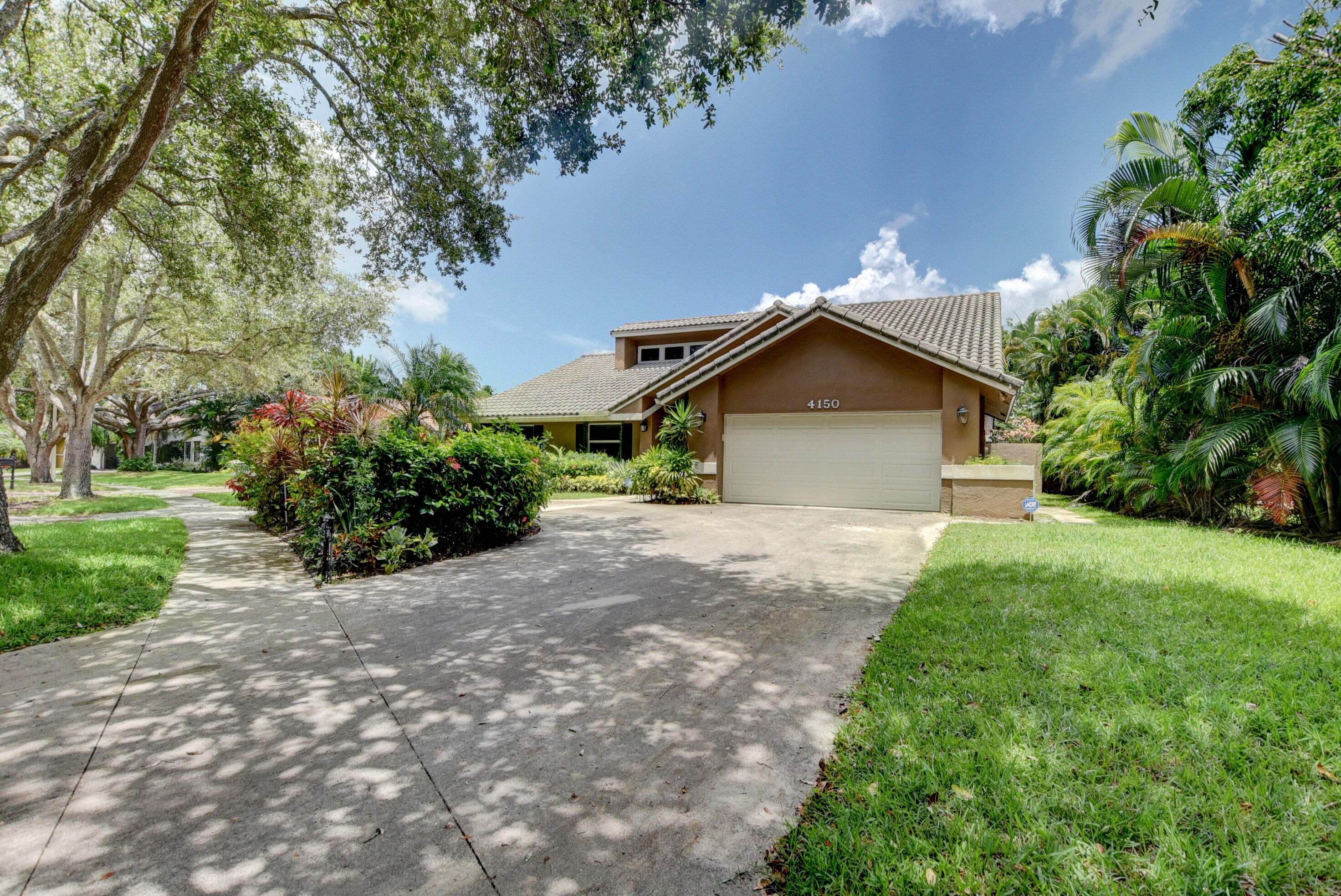 4150 NW 26th Avenue  For Sale 10708379, FL