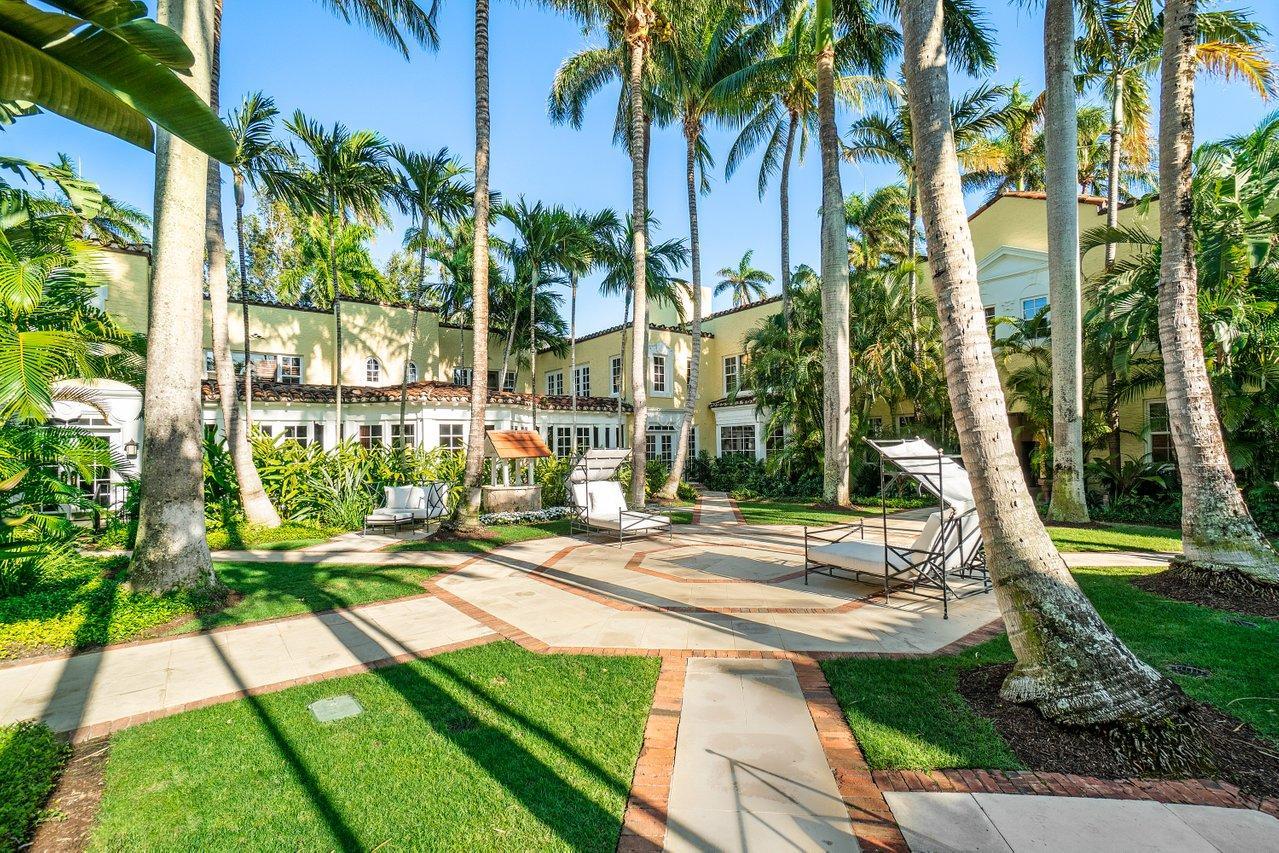 301  Australian Avenue 223 For Sale 10708518, FL