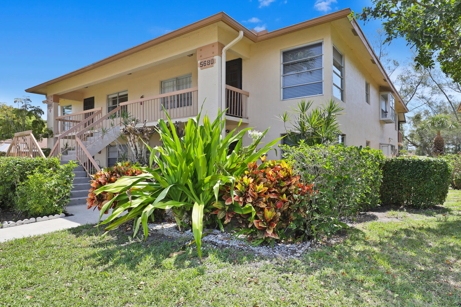 5680  Princess Palm Court B For Sale 10708859, FL