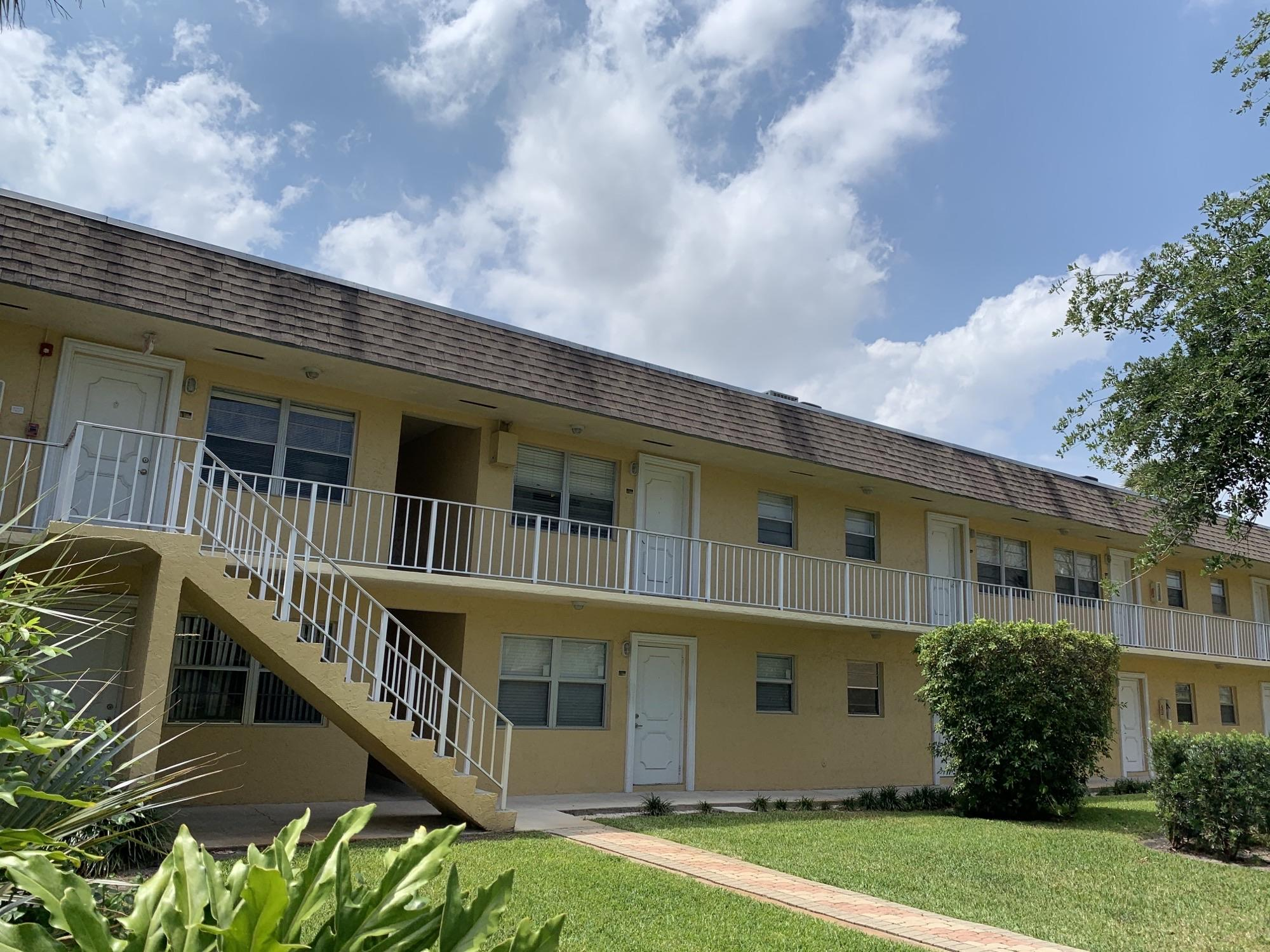 Home for sale in Village Part At Oakland Condo Oakland Park Florida