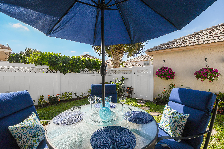 8034 Murano Circle Palm Beach Gardens, FL 33418 photo 11