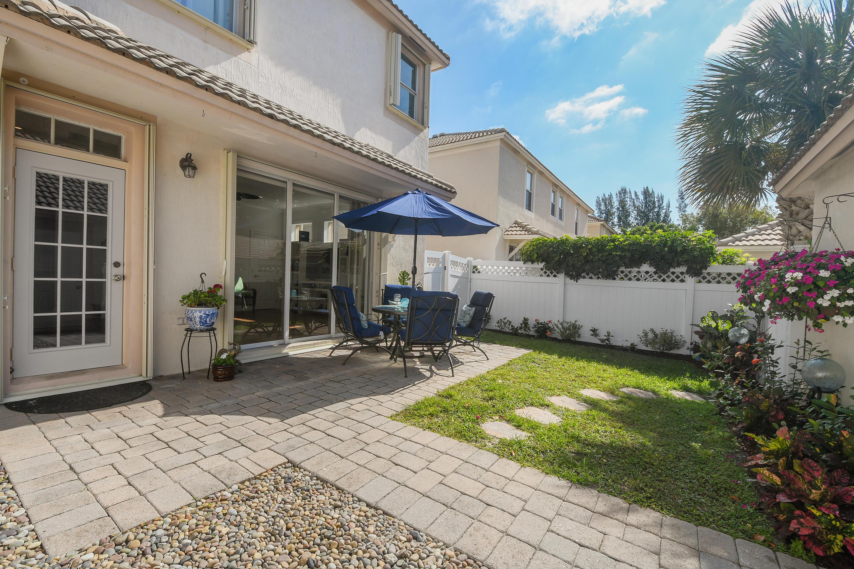 8034 Murano Circle Palm Beach Gardens, FL 33418 photo 12