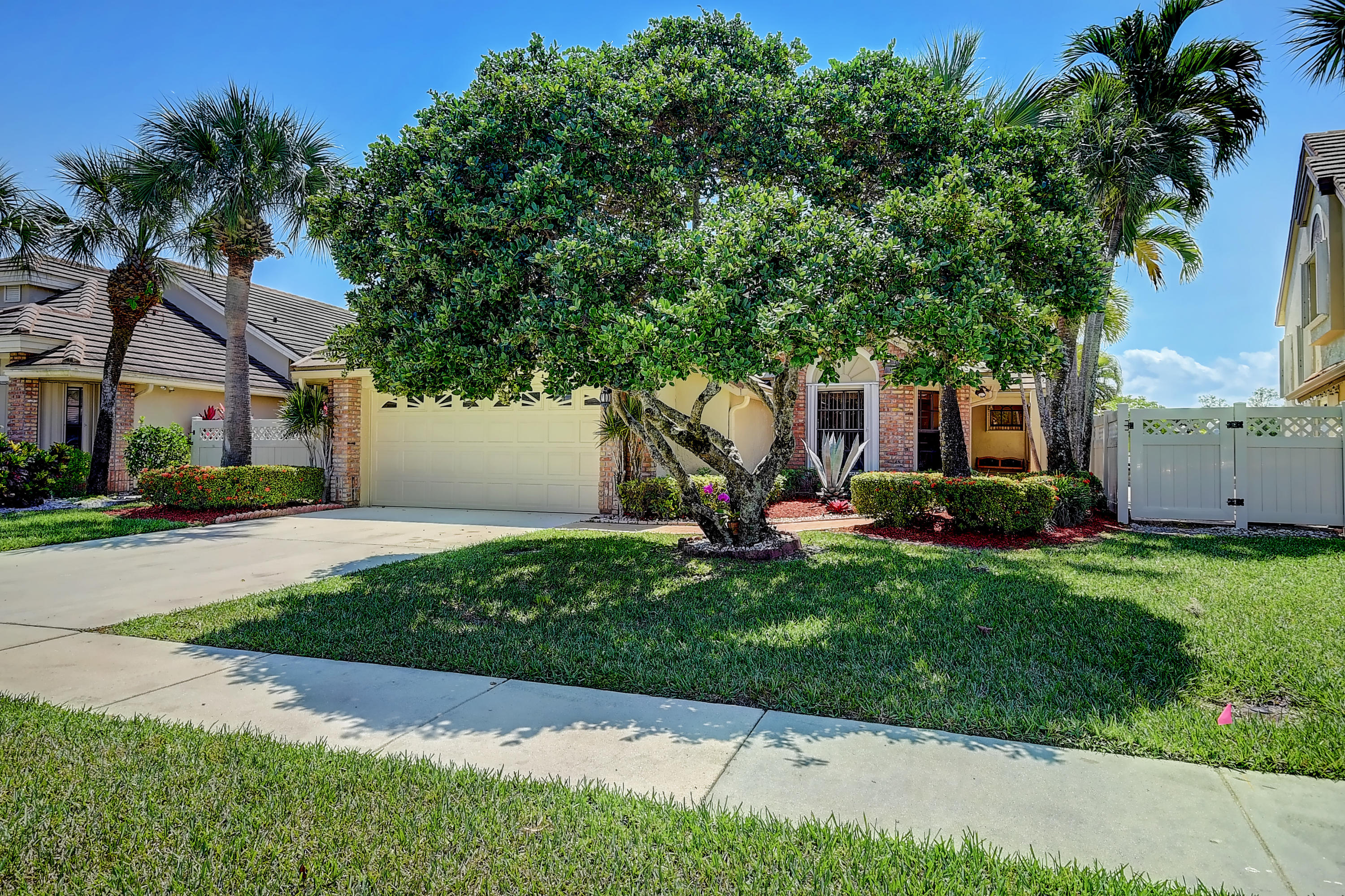 Home for sale in Cambridge At Aberdeen Boynton Beach Florida