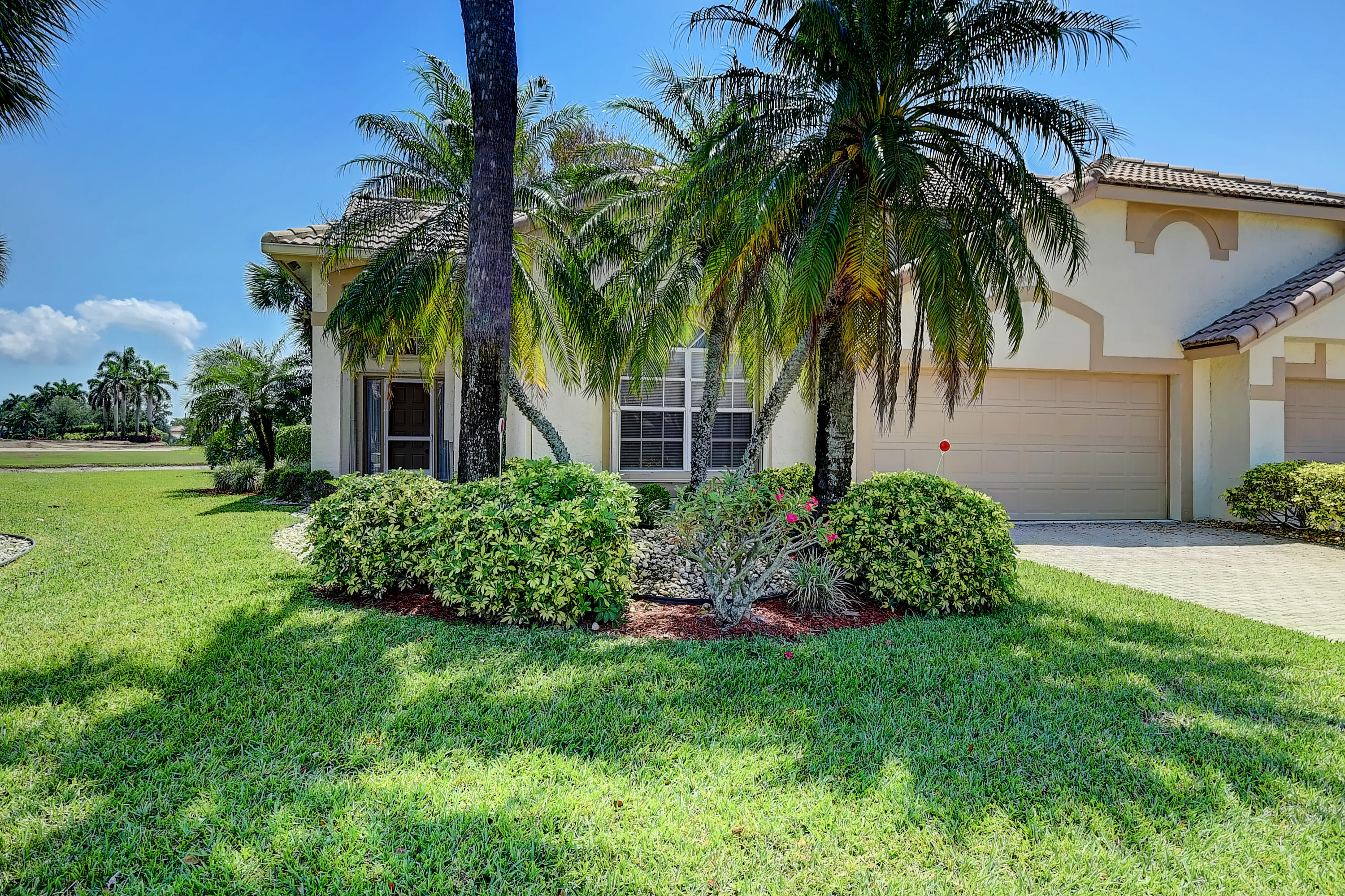 Home for sale in Aberdeen/ Asford Boynton Beach Florida