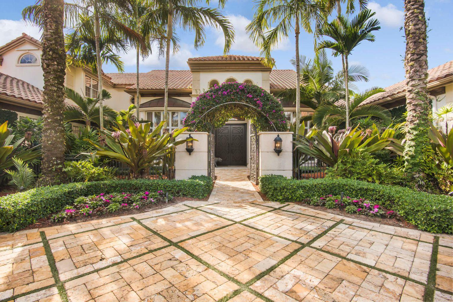 Property for sale at 5235 NW 37th Avenue, Boca Raton,  Florida 33496