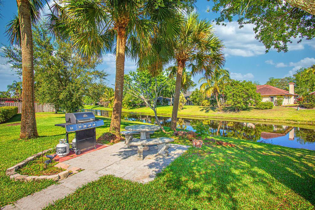 896 Lemongrass Lane Wellington, FL 33414 photo 7