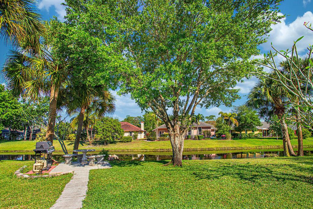 896 Lemongrass Lane Wellington, FL 33414 photo 11