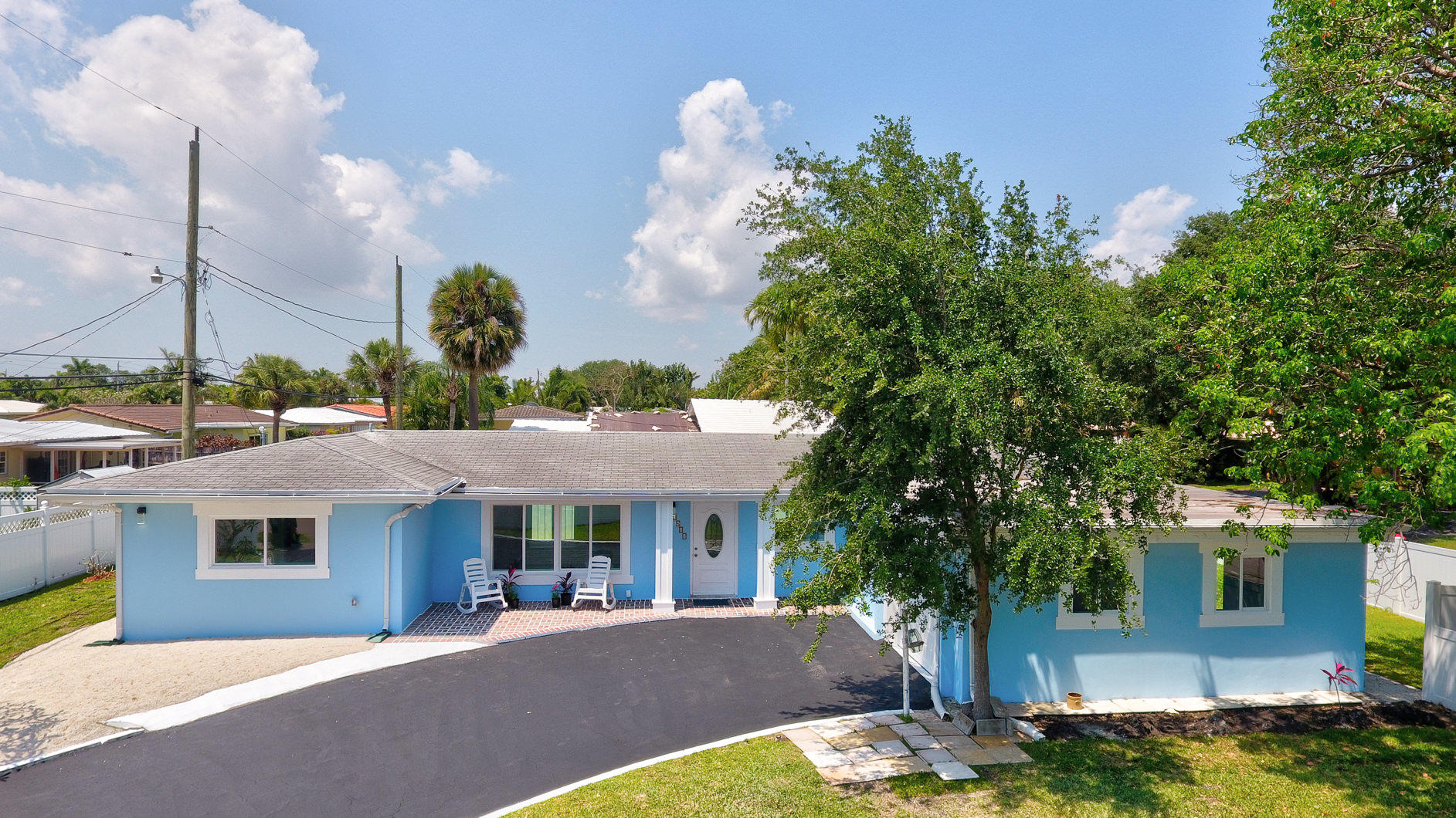 Home for sale in LIGHTHOUSE POINT EXT Lighthouse Point Florida
