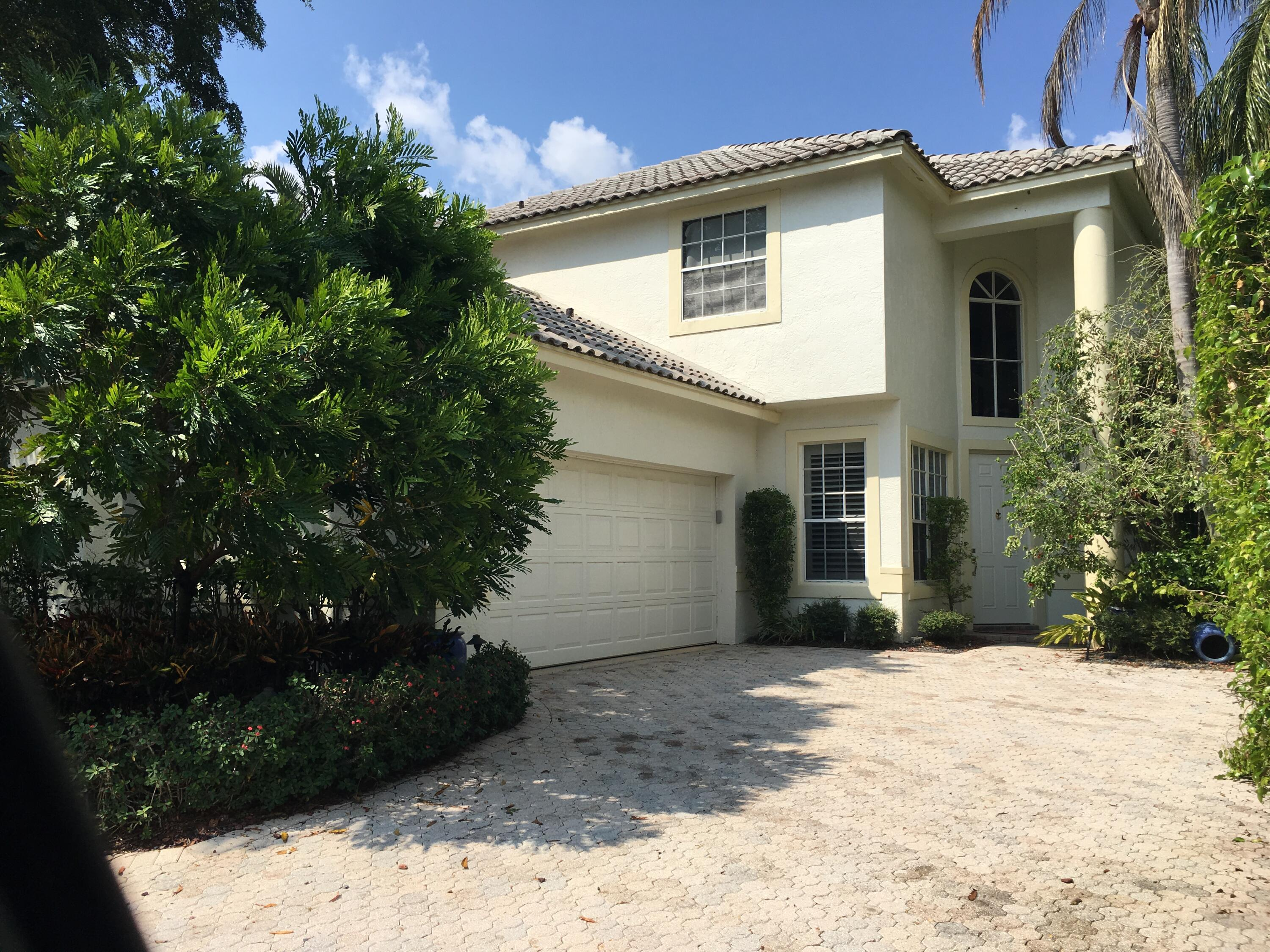 BEAUTIFUL 4 BEDROOM 3 1/2 BATH POOL HOME IN THE POLO CLUB.