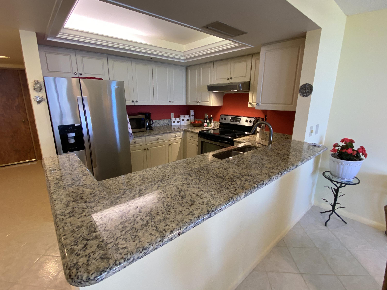 IMG_5569 Kitchen