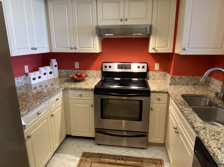 IMG_5580 Kitchen