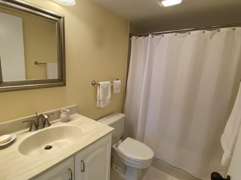 IMG_5614 Guest Bathroom