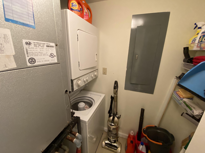 IMG_5562 Laundry Utility Room