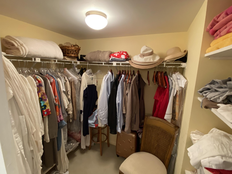 IMG_5628 Walk in Closet